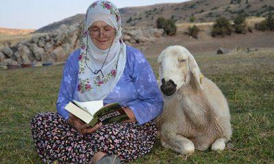 Afife Teyze 10 bininci kitabını okudu