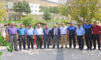 Belediye Başkanı Esat Öztürk Zabıta Haftasını Kutladı