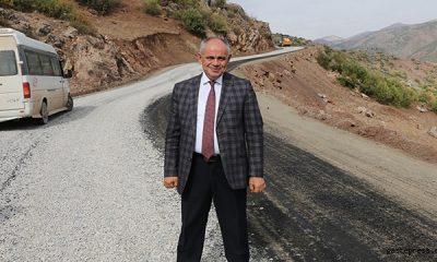 Kayseri Büyükşehir Belediyesi İlçelere 14 Milyon Liralık Asfalt Serdi