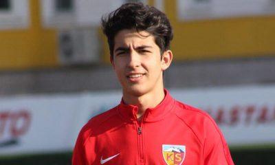 Kayserispor, Mehmet Eray'la Sözleşme İmzaladı