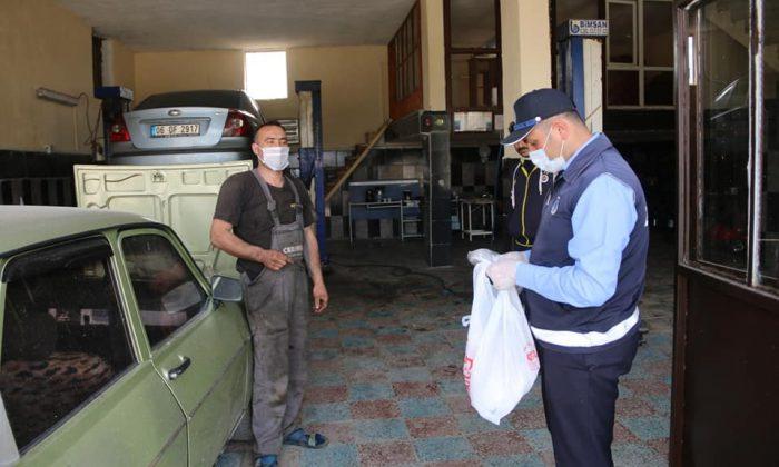 Sanayi esnafına maske dağıtıldı