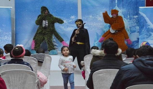 Çocuk Tiyatrosu Sahnelendi